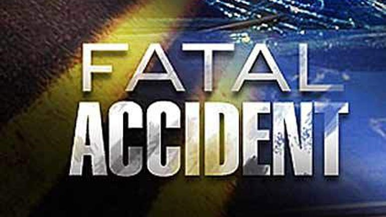 One person dead, two injured in Howard County crash