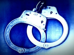 handcuffs_generic_1375881287293_696479_ver1.0_640_480