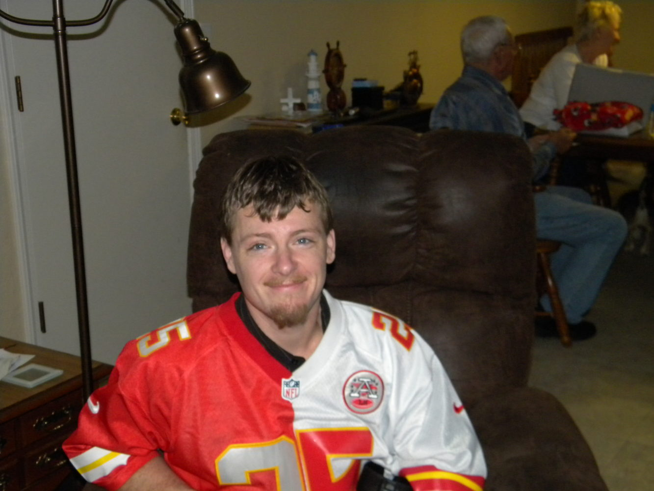 Johnny's Journey: An amputee pushes on, maintains a smile despite reoccurring cancer diagnosis