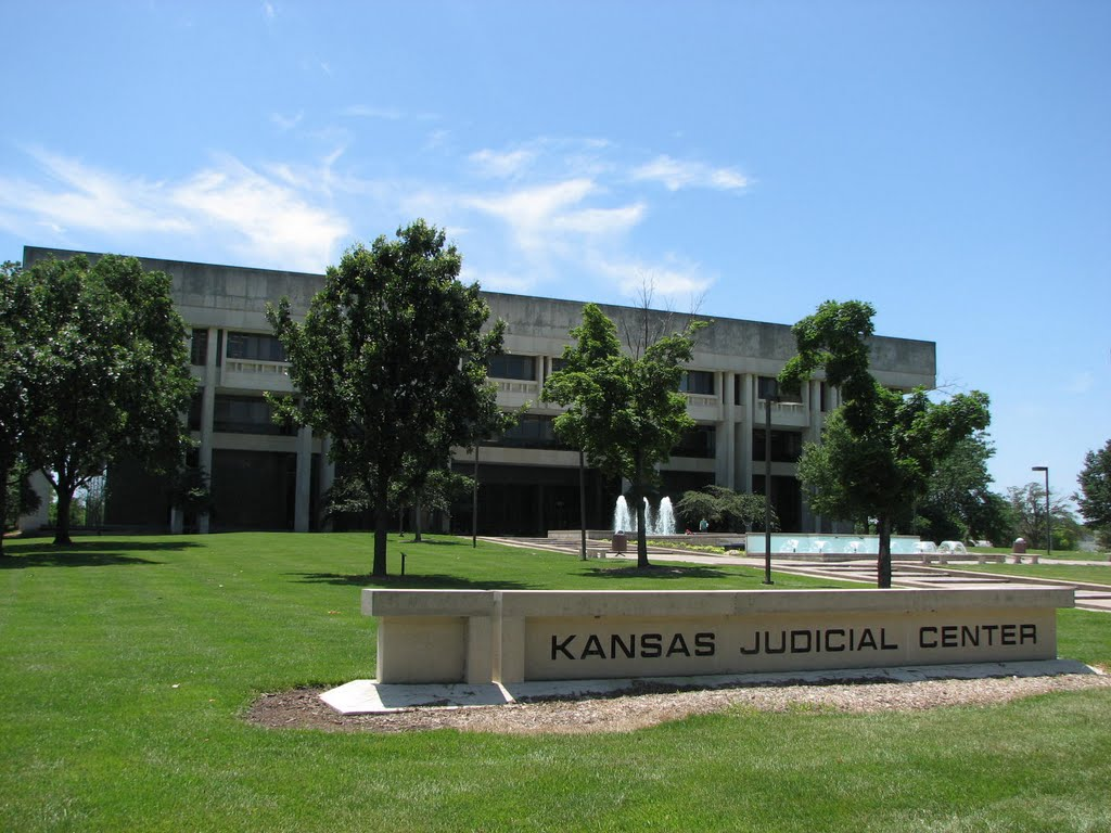 Kansas Supreme Court Rules School Funding Unconstitutional