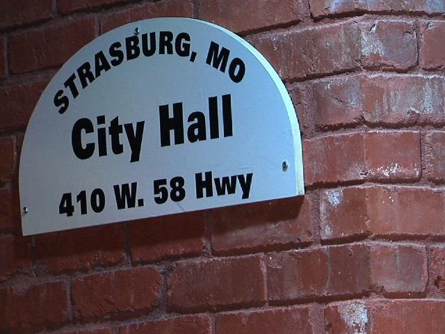 Strasburg Mayor Locks Out City Employees