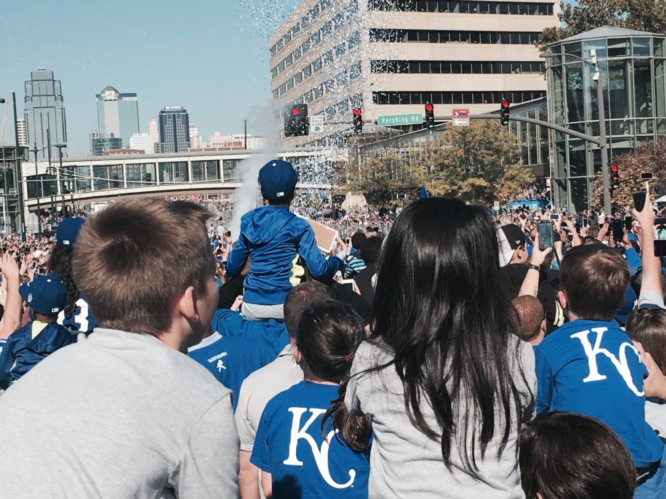 "UPDATE: Royals World Series celebration brings ""sea of blue"" to downtown KC"