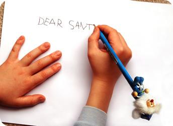 'Operation Santa' helps deliver letters to children