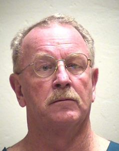 Defendant in stabbing case faces hearing in Clay County