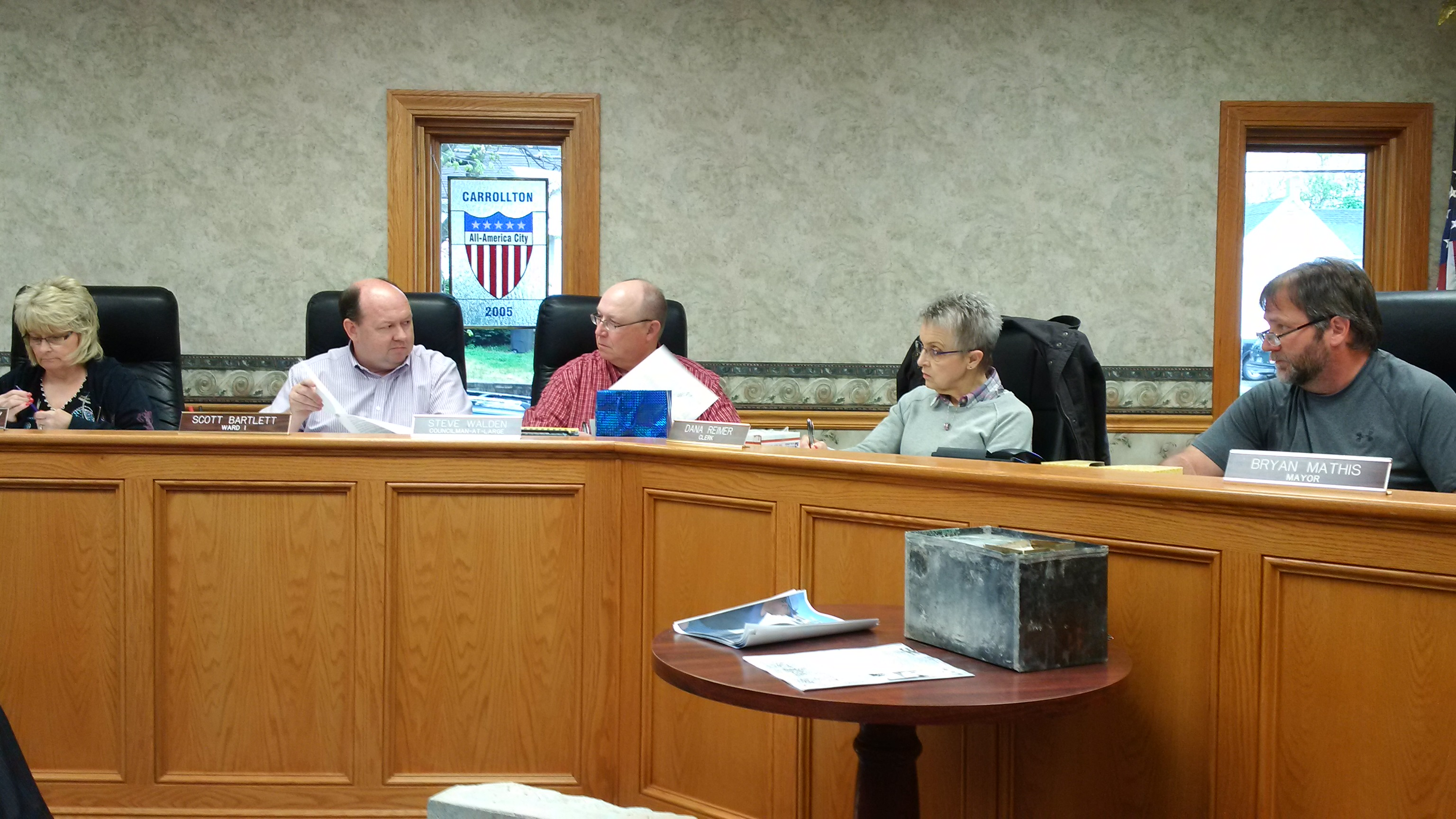 Carrollton City Council holds regular session and time capsule unsealing