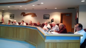 The full Chillicothe City Council was present for the Monday, April 25, 2016, session.