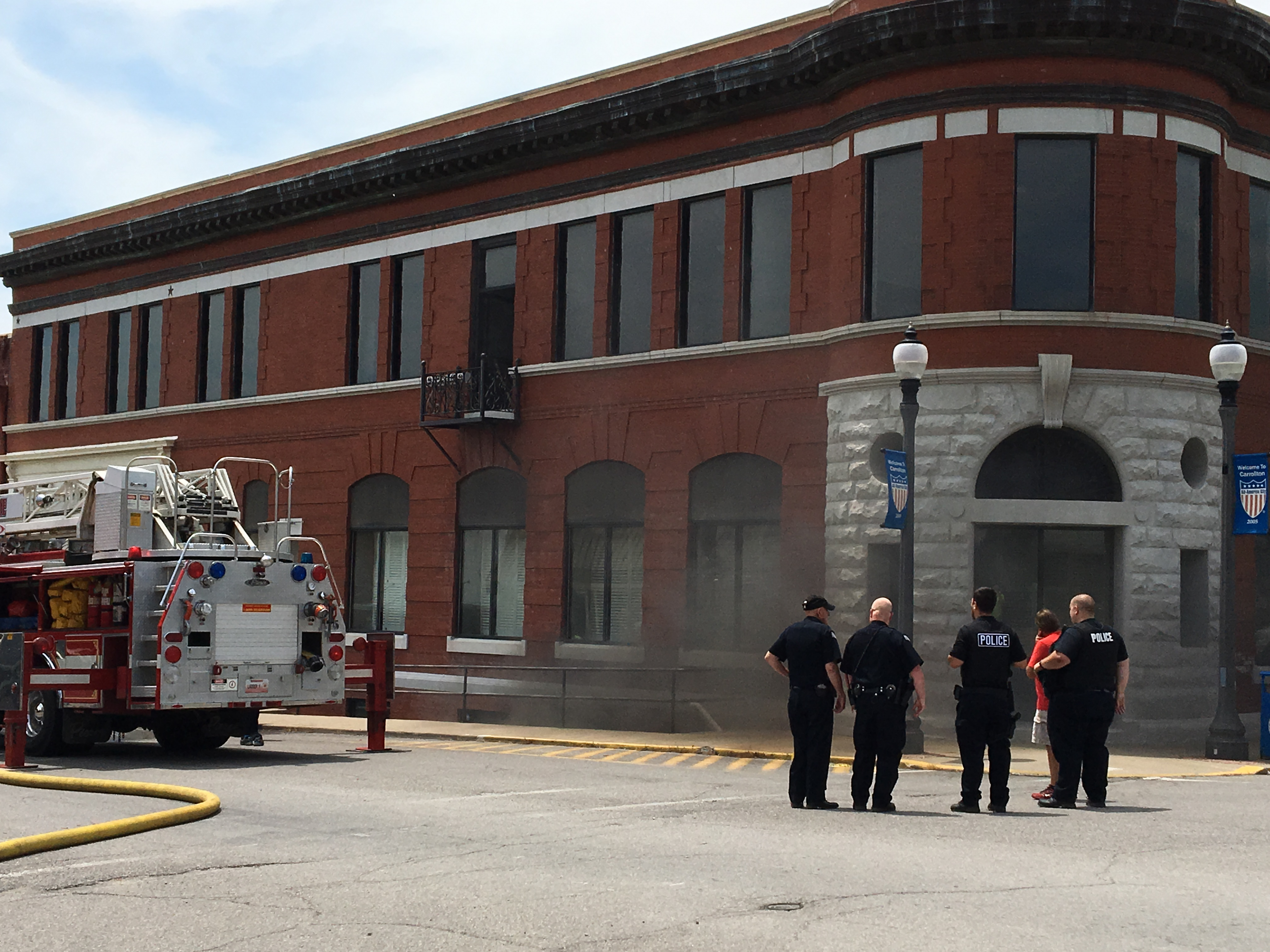 Bank 21 on Carrollton Square reported on fire