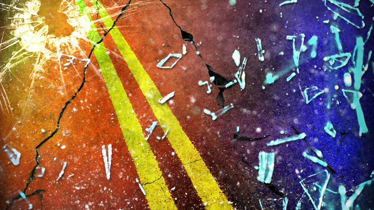 Lafayette teen injured and pinned in vehicle crash