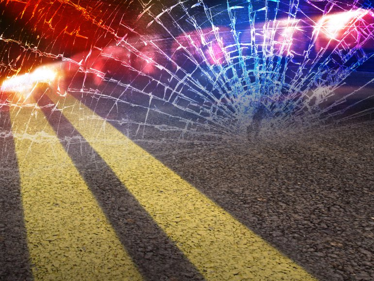 Driver and two occupants injured after overnight accident in Bates County