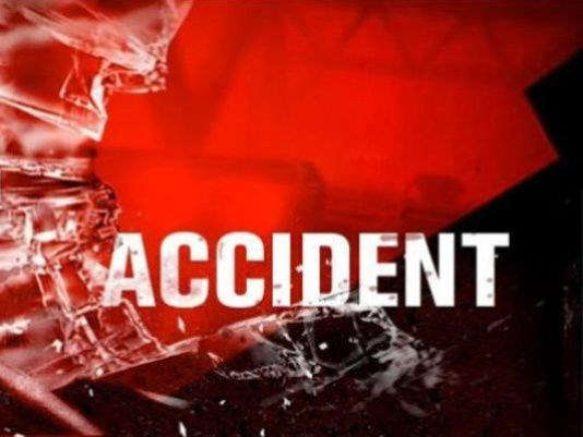Moberly teens injured in rollover accident