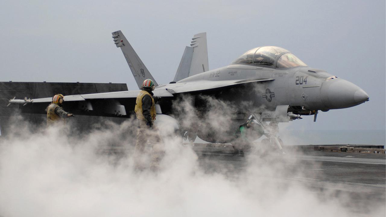 McCaskill touts the idea of investing in Missouri-made Super Hornets