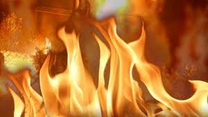 Fire displaces family from Peculiar