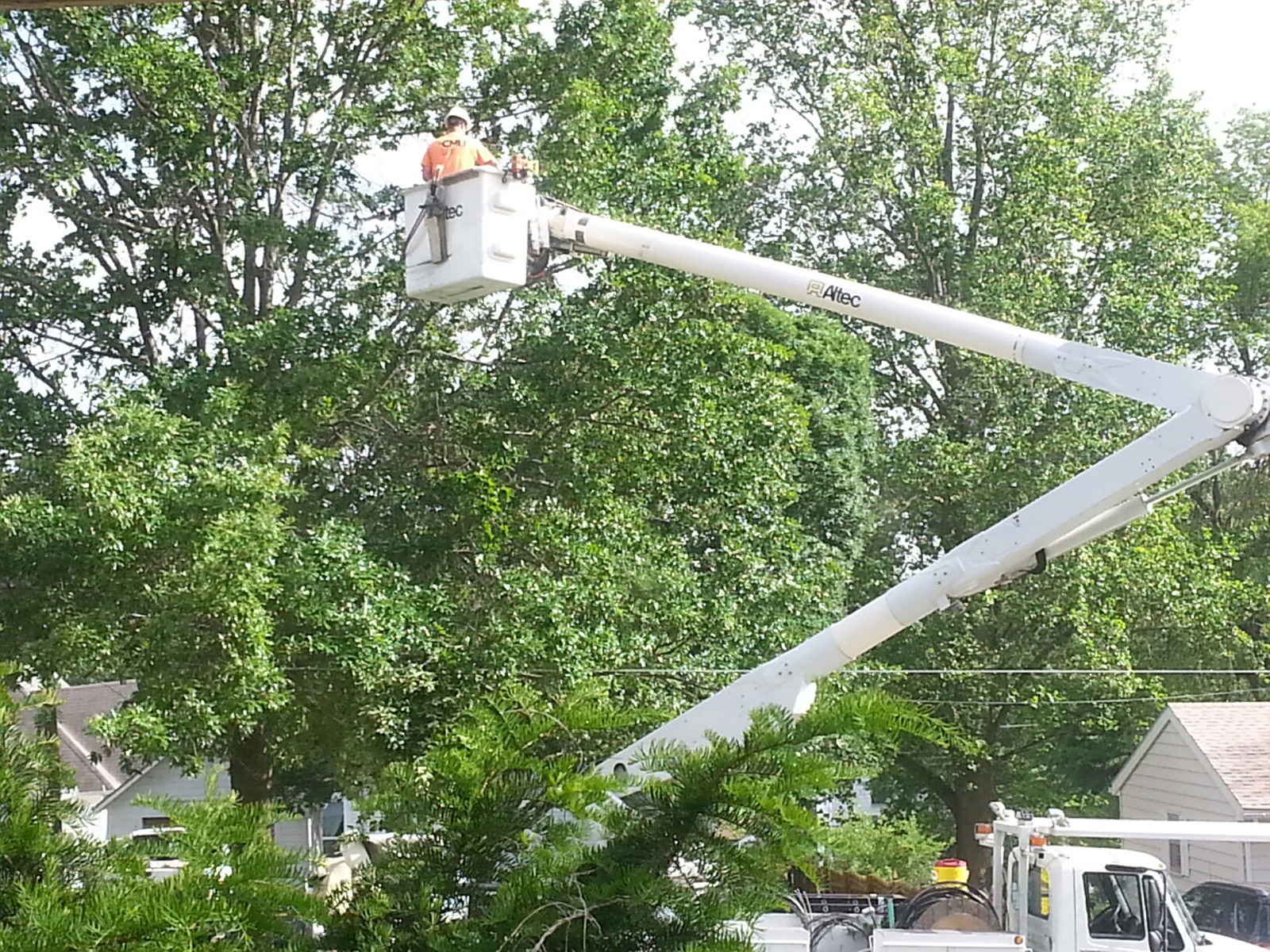 Power out in some locations due to Wednesday winds