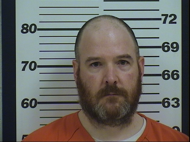 A man who shot his wife in the leg is sentenced in Platte County