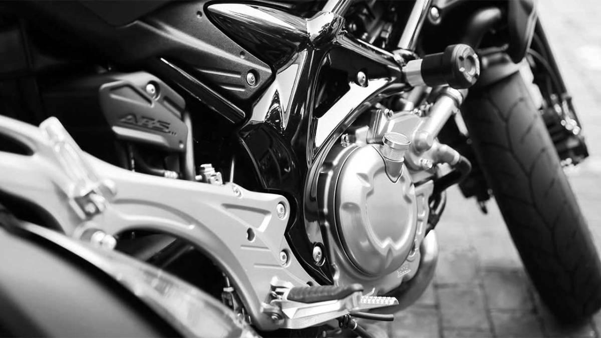 Motorcycle accident in Saline County injures Kansas man