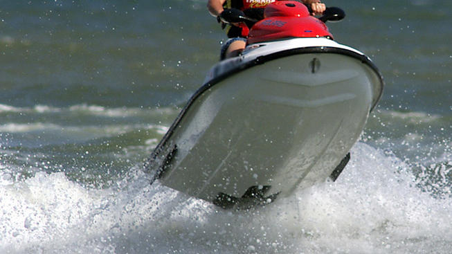One injured when jet skis collide in Morgan County