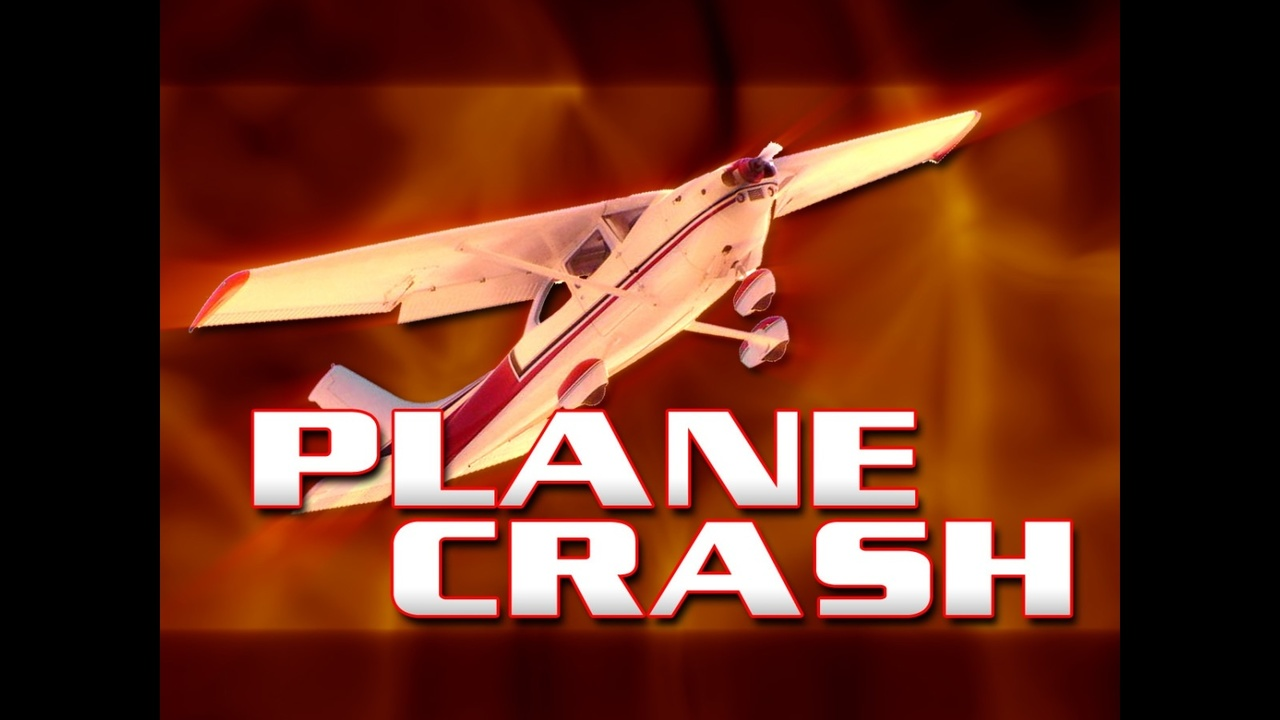 UPDATE: Two unidentified subjects report minor injuries following plane crash near Atherton