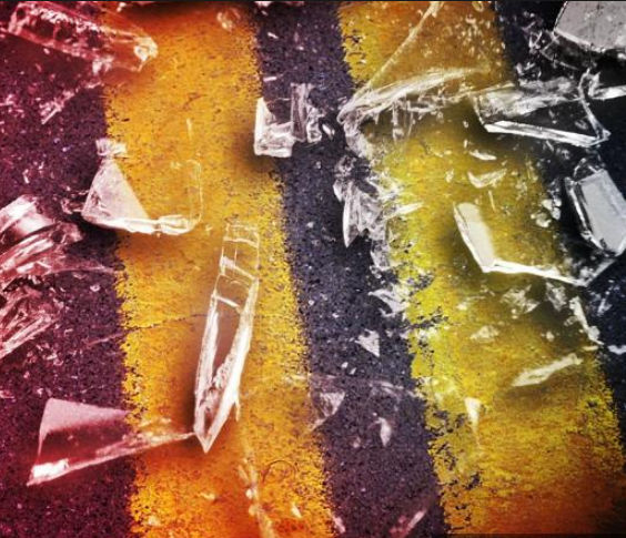 Serious injuries part of rollover crash in Daviess County