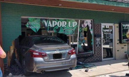 Car crashes into Warrensburg business