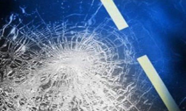 Camden County 3-vehicle accident injures Nixa woman Friday night