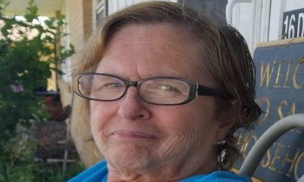 "Sandra ""Sandi"" Sue (Nichols) Thomas"