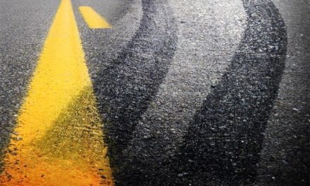 Six people injured when two trucks collide
