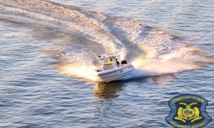 Boat collision on Blue Springs Lake