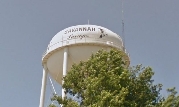 Savannah divided by move to change its 'Savages' mascot