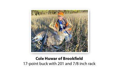 Newsmaker: 170-yard shot nets a 17-point buck for Brookfield boy