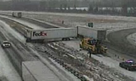 Accident delays I-70 traffic in Saline County
