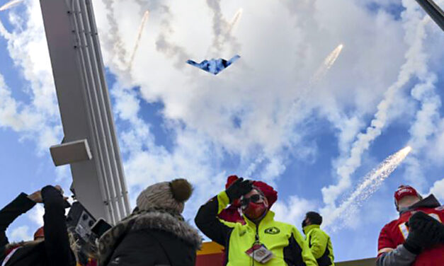 'An extreme honor:' Whiteman AFB part of the Big Sunday flyover