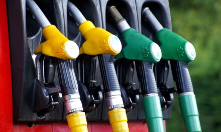 House committee endorses proposed gasoline tax increase